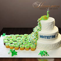 Торт с капкейками № 041 Вип