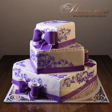 Трехярусные торты на юбилей с фото